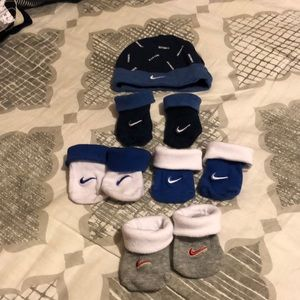 Nike Socks with Hat Set